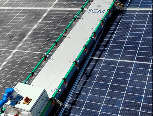 equipo para limpiar paneles solares con tracción manual